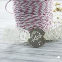 pulsera de plata con diseño campodefresas